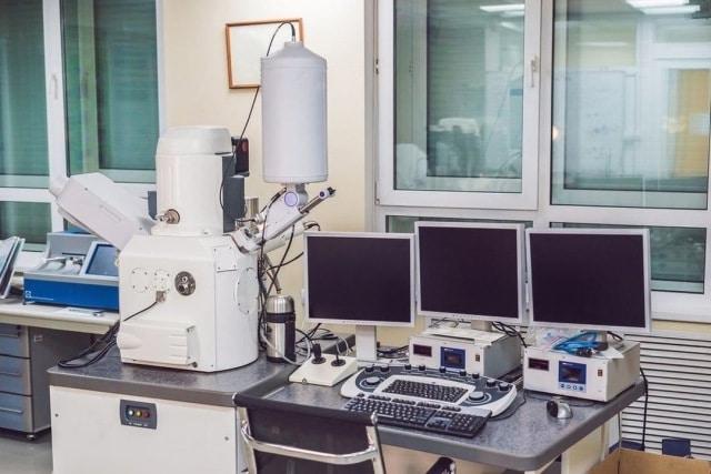 Vintage Electron Microscope